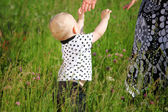 Kluk a matka ruce — Stock fotografie