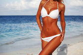 Donna in bikini — Foto Stock