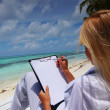 Tropical business woman with blank paper — Stock Photo #9030237