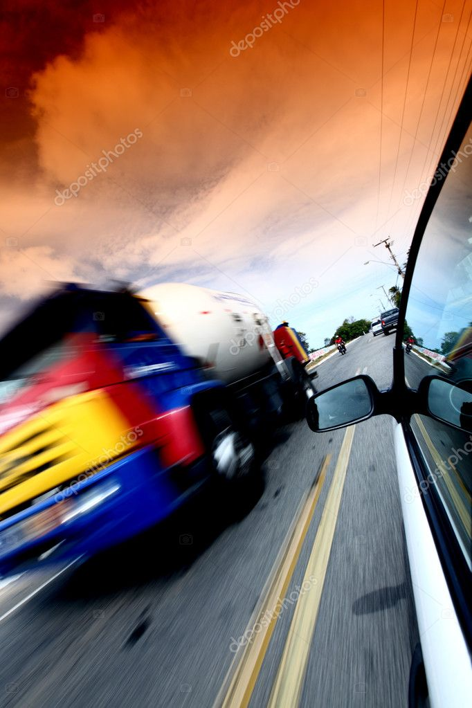 Speedy day drive on car — Stock Photo #9053349