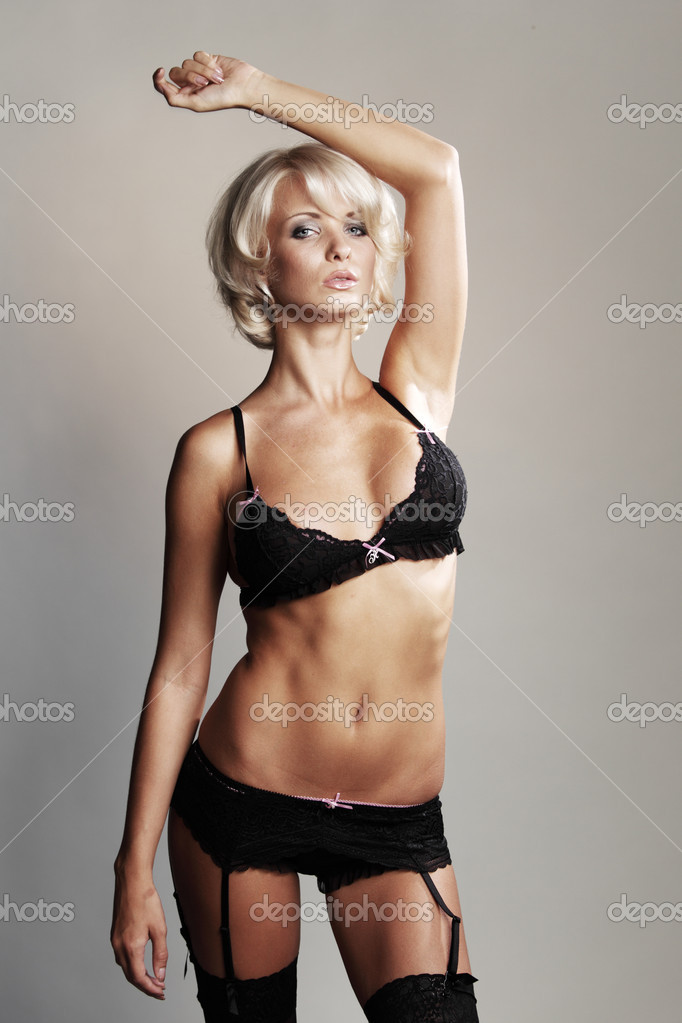 Underwear woman in studio — Stock Photo #9496364