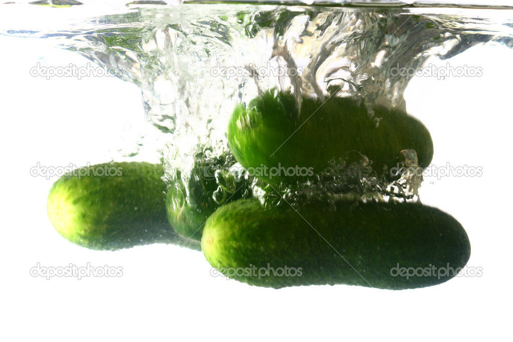 Cucumber splash isolated on white background — Stock Photo #9799235