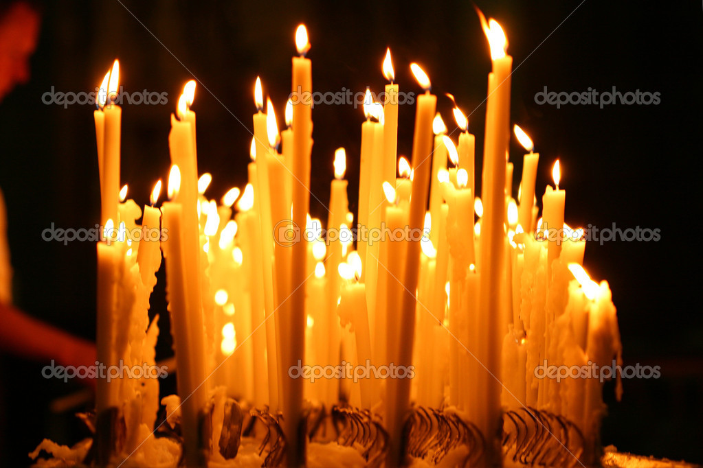 Candles burn fire beautifully gifts of a card — Foto Stock #9990186