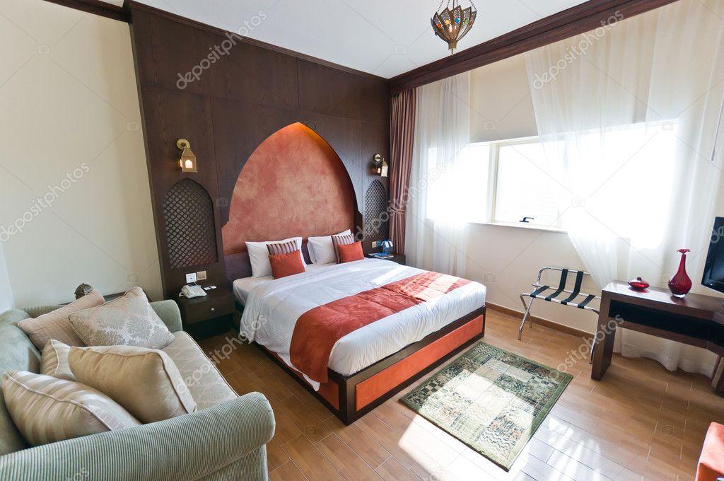 Int rieur de lappartement moderne chambre coucher de - Chambre orientale moderne ...