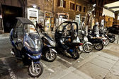 Motorbikes on the strees of Rome — Stock Photo