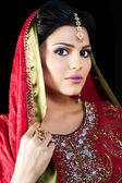 Portrait of a beautiful Indian bride — Stock Photo