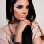 Portrait of a beautiful fashion model — Stock Photo