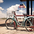 Rusted vintage bike — Stock Photo #9117772