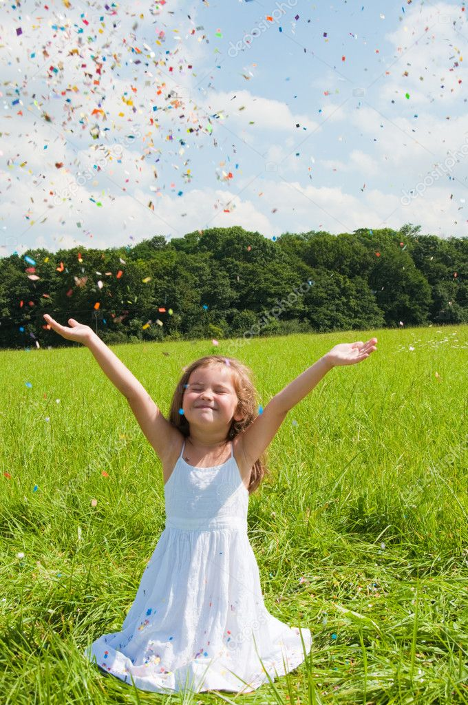 Little cute girl on the beautiful meadow — Stock Photo #10623894