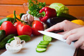 Preparation of salads. Healthy vegetables outdoor. — Stock Photo