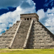 Chichen Itzmain pyramid El Castillo is also called Temple of Kukulcan — Stock Photo #8375161