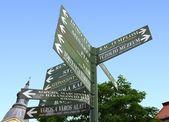 Hungarian Crossroad Sign — Stock Photo