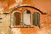 Historical manor ruins windows — Stock Photo