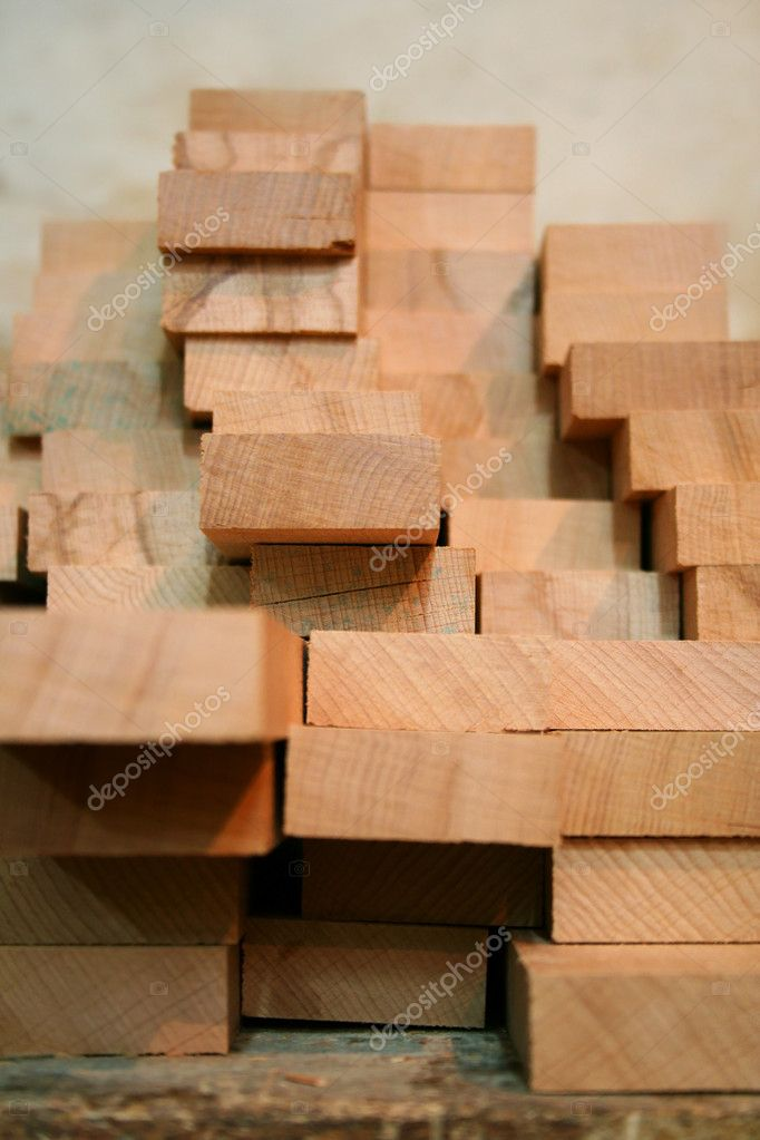 Wooden boards in the carpentry shop — Stock Photo #8103822