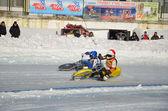 спидвей на льду, включите два мотоцикла — Стоковое фото