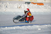 Samara, ice speedway turnabout on the rear wheel — Stock Photo