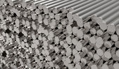 Metalen staven — Stockfoto