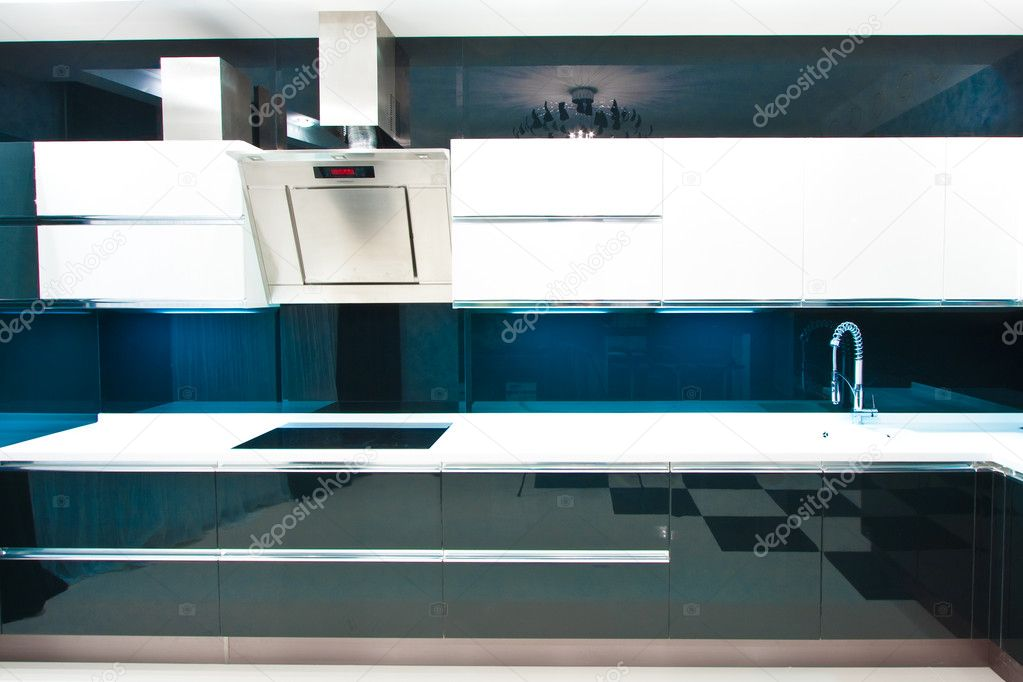 The interior of the apartment. The kitchen closeup — Stock Photo #8785691