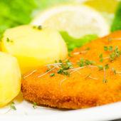 Wiener Schnitzel and potatoes — Stock Photo