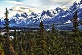 Klippiga bergen valley view — Stockfoto