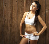 Sporty young woman — Stock Photo