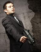 Uomo di mafia uccidendo — Foto Stock