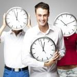 Studenten mit Uhr — Stockfoto