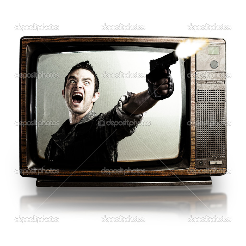 Angry tv man shooting a gun, represents violence in tv programs and movies — Stock Photo #10182507