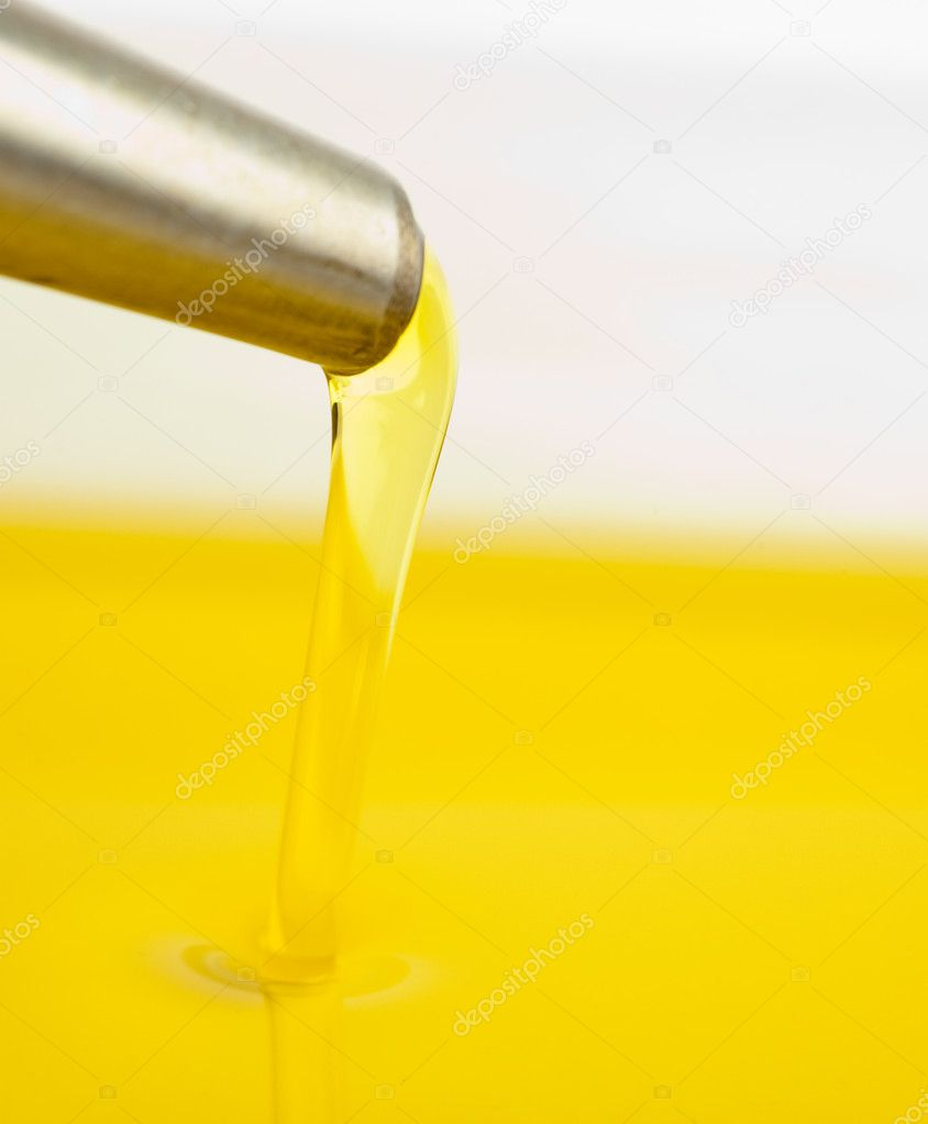Closeup of oil — Stock Photo #10190973