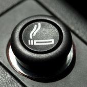 Bilen lättare — Stockfoto