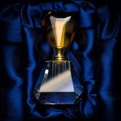 Fles parfum — Stockfoto