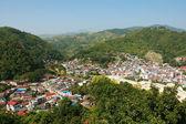 Città in Valle — Foto Stock