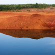 Lake Red Cliffs — Stock Photo #10537297