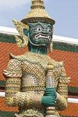 Estatuas de guardian en el gran palacio, bangkok — Foto de Stock