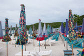 Umbrellas on the beach — Stock Photo
