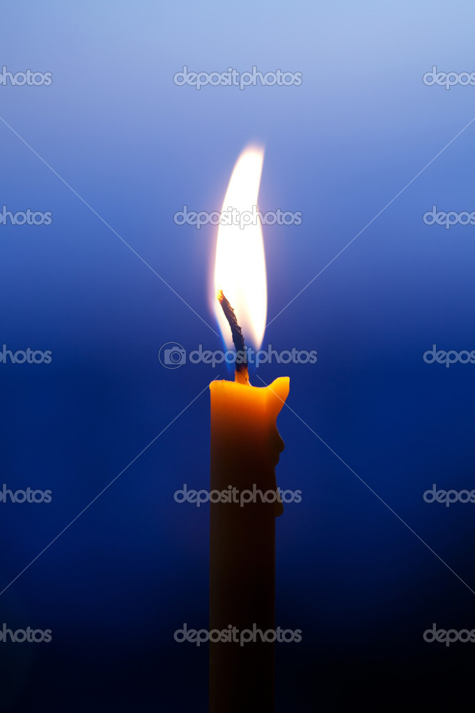 Burning candle — Stock Photo #9785882