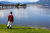 在加拿大湖 — 图库照片