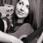 Guitar Lady — Stock Photo