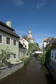 Narrow canal at Cesky Krumlov — Stock Photo