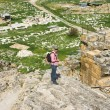 Tourist on the ancient ruins of Hierapolis in Turkey — Stock Photo