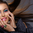 Italian beauty with fashion make-up — Stock Photo