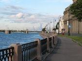 The quay of Neva river — Stock Photo