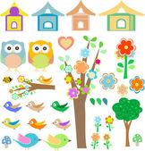 Conjunto de aves con cajas nido para pájaros, búhos, árboles y flores — Vector de stock