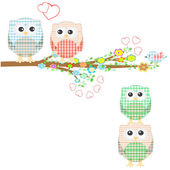 Set of nature elements: owls and birds on branches and tree — Stock Vector