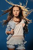 Saçında rüzgar — Stok fotoğraf