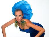Jeune fille en bleu — Photo