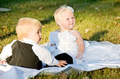 Children dressed as bride and groom — Stock Photo
