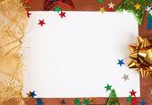 Cartolina di natale bianco con decorazioni — Foto Stock