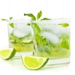 Cold mojito drink — Stock Photo #10166027