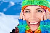 Happy smiling girl portrait, winter fun outdoor — Stock Photo